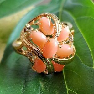 Vintage coral cluster ring 18kge size 10